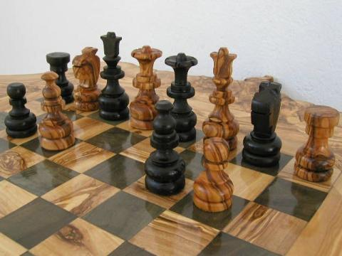 A Bulgarian set the world record for simultaneous chess games