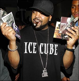 Marty G, Stancho, Skill and Knas open the Ice Cube concert