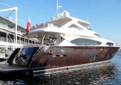 The yacht of Bond drops anchor in Varna